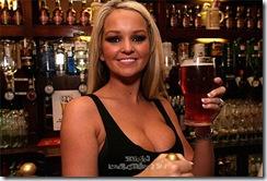 jennifer-ellison-beer-6