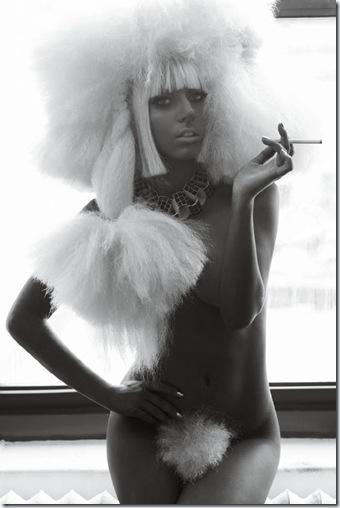 lady_gaga_v_magazine_october_2009_3