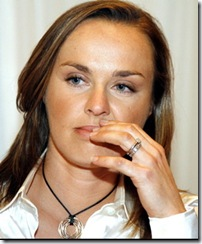 capress-ten_hingis_no_comeback-203851527