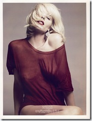 eva-herzigova-nipple-vogue-03