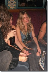 gallery_enlarged-sienna-miller-drunk-club-01