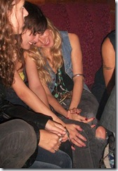 gallery_enlarged-sienna-miller-drunk-club-02