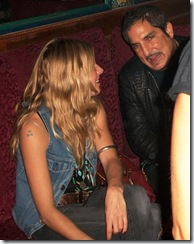 gallery_enlarged-sienna-miller-drunk-club-03