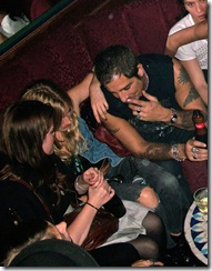 gallery_enlarged-sienna-miller-drunk-club-04