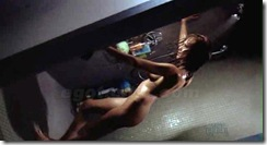 jessica-alba-shower-machete-cap-02