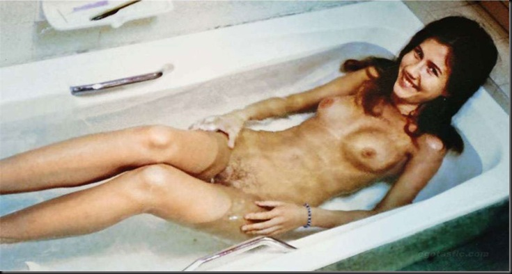 anna-chapman-leaked-nudes-02